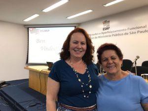 Aula ministrada por Valéria Pérez e Marta Marioni